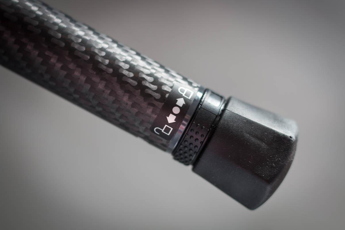 - Schnell-Verriegelungssystem Twist Lock ohne übliche Klapp-Verschlüsse