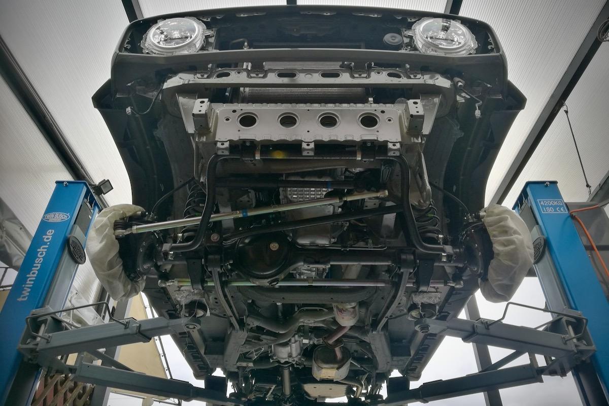 Suzuki Jimny Mike Sanders Unterboden und Hohlraum Versiegelung